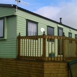 static-caravan-double-glazing-windows-in-green