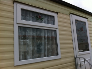 Decorative-windows-for-caravans