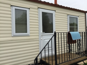 static-caravan-double-glazing-doors
