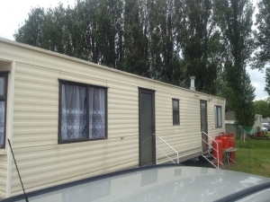 static-caravan-windows-in-northamptonshire