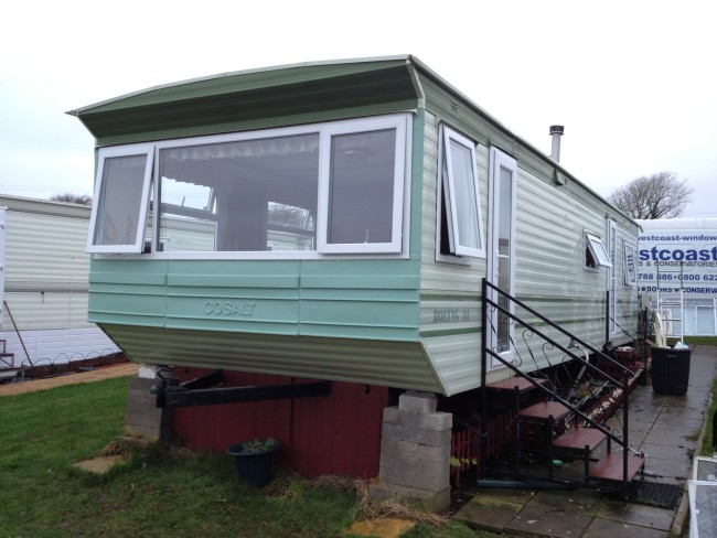 static-caravan-double-glazing-installation-in-Happy-Valley-South-Wales