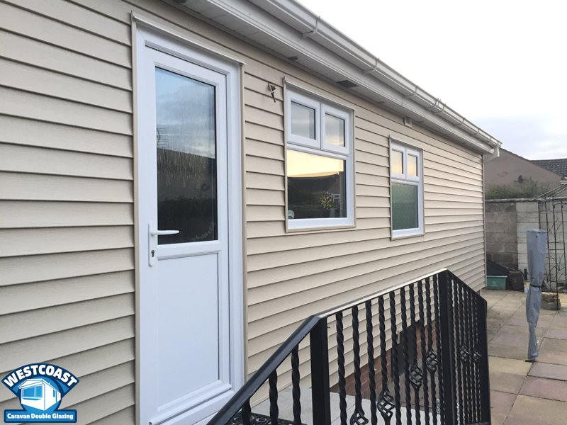 Residential park home external vinyl cladding